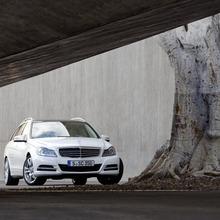2012-Mercedes-Benz-C-Class-Facelift-24