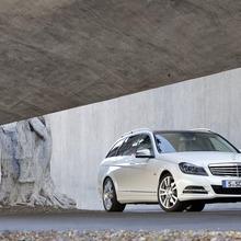 2012-Mercedes-Benz-C-Class-Facelift-26