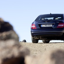 2012-Mercedes-Benz-C-Class-Facelift-32