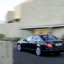 2012-Mercedes-Benz-C-Class-Facelift-33