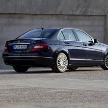 2012-Mercedes-Benz-C-Class-Facelift-34