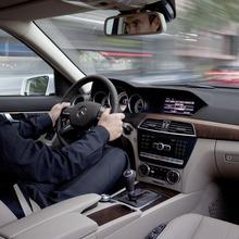 2012-Mercedes-Benz-C-Class-Facelift-38