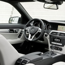 2012-Mercedes-Benz-C-Class-Facelift-39