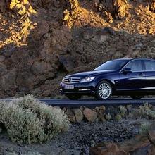 2012-Mercedes-Benz-C-Class-Facelift-42
