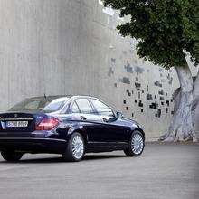 2012-Mercedes-Benz-C-Class-Facelift-45