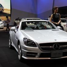 2012-Mercedes-Benz-SLK-200 BlueEFFICIENCY-AMG
