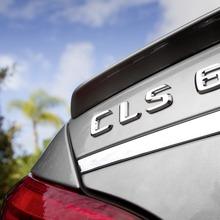 2012-Mercedes-CLS-63-AMG-35