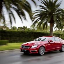 2012-Mercedes-CLS-63-AMG-45