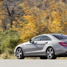 2012-Mercedes-CLS-63-AMG-48