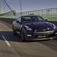 2012-Nissan-GT-R-Facelift-US-12