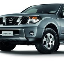 2012-Nissan-Navara-King-Cab