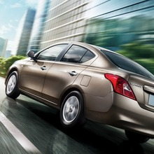 2012-Nissan-Sunny-10