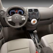 2012-Nissan-Sunny-2