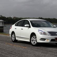 2012-Nissan-Teana-03_resize