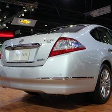 2012-Nissan-Thailand-Motor-Expo-2011