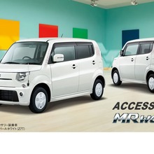 2012-Suzuki-MR-Wagon-03