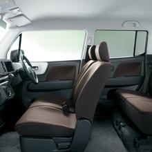 2012-Suzuki-MR-Wagon-07