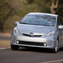2011-Toyota-Prius-V-Minivan-40