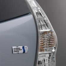 2011-Toyota-Prius-V-Minivan-70