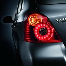 2012-Toyota-Yaris-RS(61)