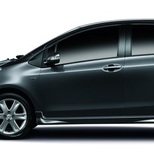 2012-Toyota-Yaris-RS(74)