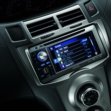 2012-Toyota-Yaris-RS(83)
