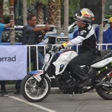 2013-BMW-F800R-TH-CKD-Conf_156