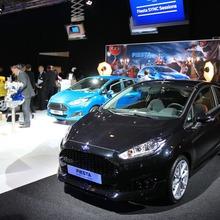 2013-Ford-Fiesta-02