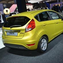 2013-Ford-Fiesta-04