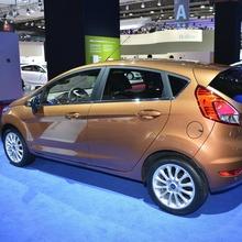 2013-Ford-Fiesta-06