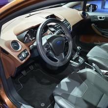 2013-Ford-Fiesta-07