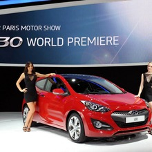 2013-Hyundai-i30-3D-03