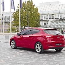 2013-Hyundai-i30-3D-12