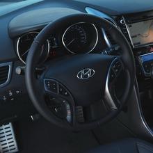 2013-Hyundai-i30-3D-13