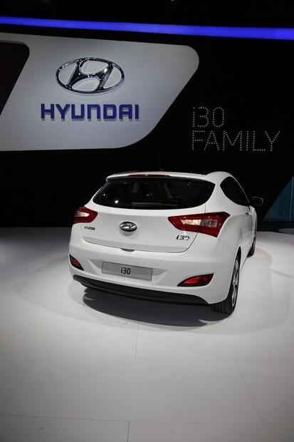 2013-Hyundai-i30-3D