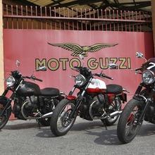 000-moto-guzzi-v7