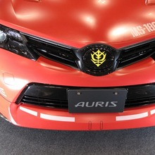 2013-Toyota-Auris-Gundam-08