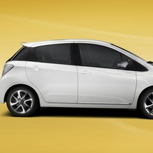 2013-Toyota-Yaris-Trend