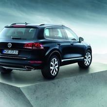 2013-Volkswagen-Touareg-Edition-X