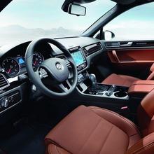2013-VW-Touareg-X-05