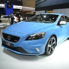 2013-Volvo-V40-R-Design-01