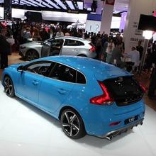 2013-Volvo-V40-R-Design-04