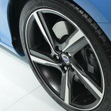 2013-Volvo-V40-R-Design-05