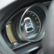 2013-Volvo-V40-R-Design-12