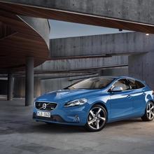 2013-Volvo-V40-R-Design-14