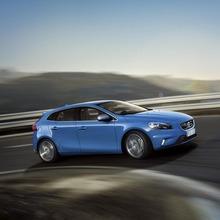 2013-Volvo-V40-R-Design-17