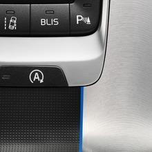 2013-Volvo-V40-R-Design-26