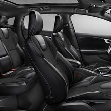 2013-Volvo-V40-R-Design-27