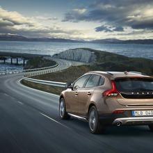 2013-Volvo-V40-R-Design-28