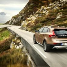 2013-Volvo-V40-R-Design-30